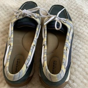 Navy Sperry Women's Boat Shoes Size 7.5